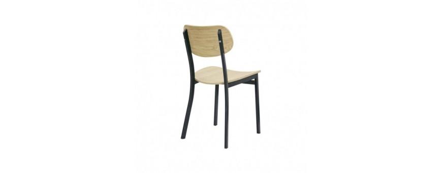 Sedia in metallo, seduta e schienale in legno multistrato